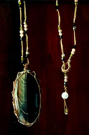 talisman oeill de tigre obsidienne, zircon
