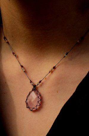 collier rose quartz